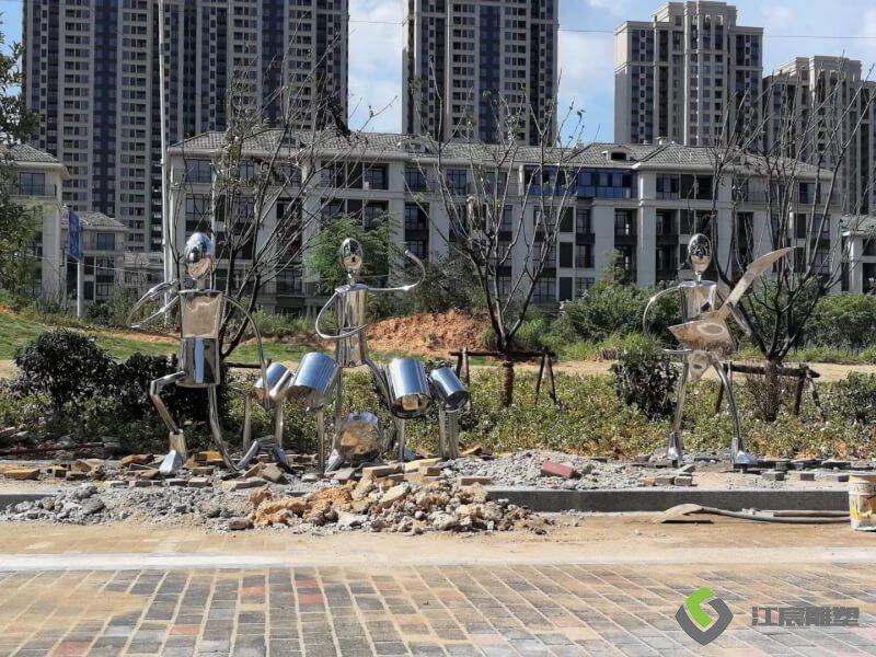 江西鹰潭绿地音乐人物不锈钢雕塑