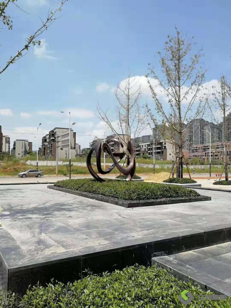 南昌绿地国博城不锈钢雕塑 楼盘喷泉水池雕塑产品