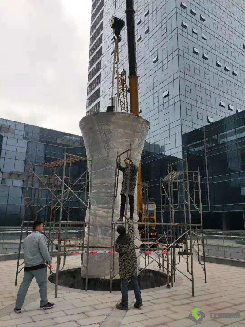 江西南昌雕塑:南京镜面不锈钢生命树雕塑 商业广场景观改造雕塑
