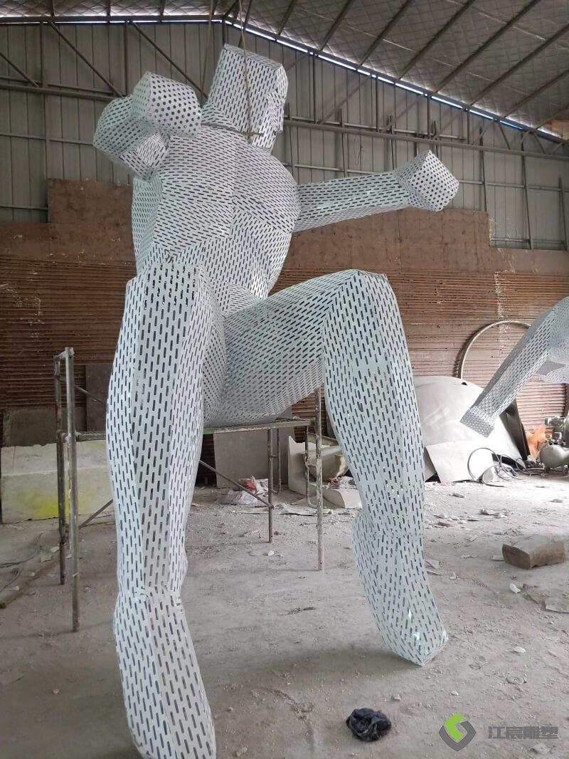 江西雕塑厂家:上高汽车城不锈钢帆船雕塑