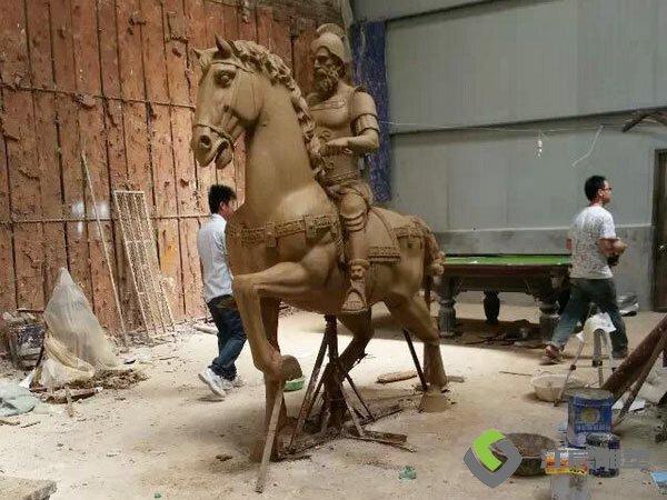 江西南昌雕像工厂:古代人物造型玻璃钢雕塑
