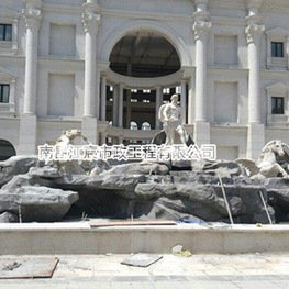 江西南昌雕塑厂家:广场大型水泥景观雕像